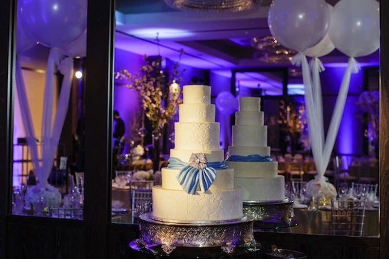wedding-cake-spotlight.jpg