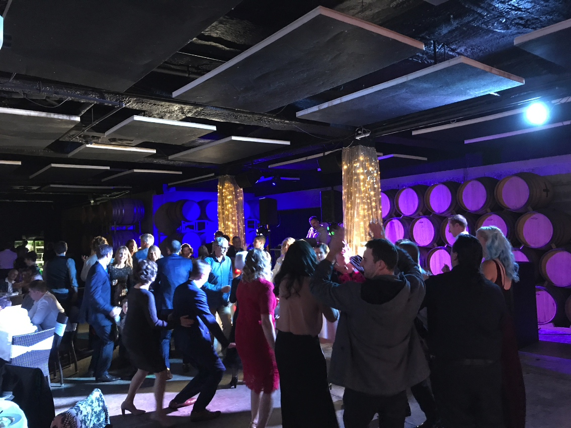 mills-reef-winery_barrell-room_dancefloor_2