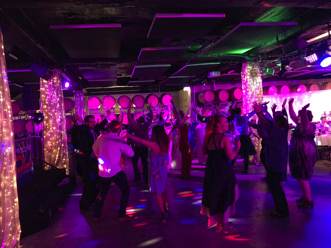 mills-reef-winery_barrell-room_dancefloor_3